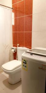 Um banheiro em Marina Suites