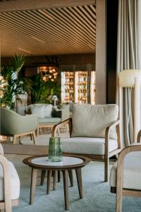 A seating area at Hilton Swinoujscie Resort And Spa