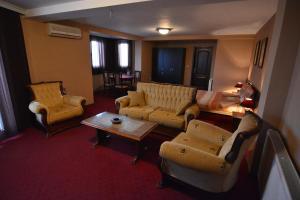 Posedenie v ubytovaní Villa Diamond