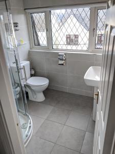 Un baño de Adare Guesthouse