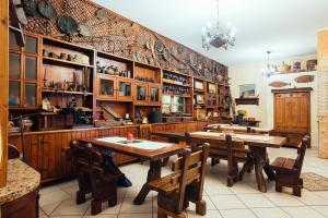 A restaurant or other place to eat at Tanit Hotel Villaggio Ristorante
