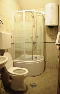 A bathroom at Hotel Evropa