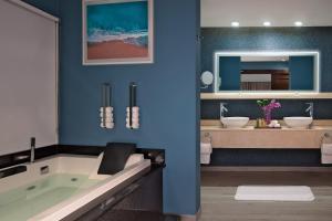 A bathroom at Secrets St. James