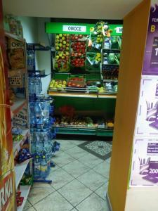 Supermarket lub sklepy w pobliżu tego obiektu B&B