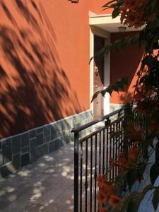 A balcony or terrace at la casetta del tesoro