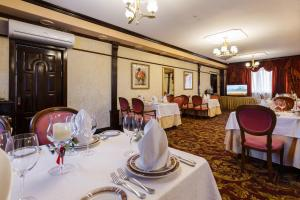 Ресторан / где поесть в Гостиница Славянка