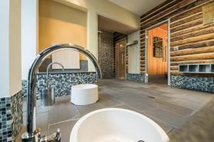 Ein Badezimmer in der Unterkunft Göbel´s Vital Hotel Bad Sachsa