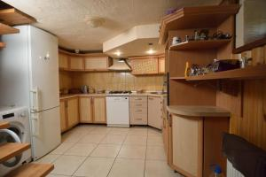 A kitchen or kitchenette at Drin-lux
