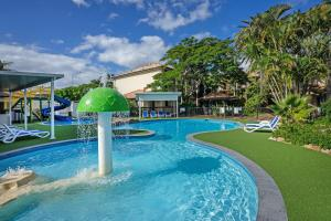 The swimming pool at or close to Turtle Beach Resort