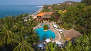 A view of the pool at Victoria Phan Thiet Beach Resort & Spa or nearby