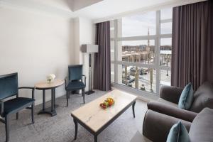 منطقة جلوس في فندق أنوار المدينة موڤنبيك