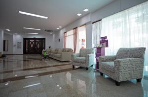 Zona de hol sau recepție la Hotel Condor
