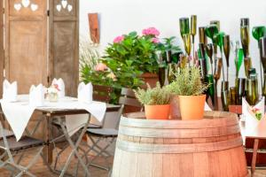 A restaurant or other place to eat at Adler Landhotel