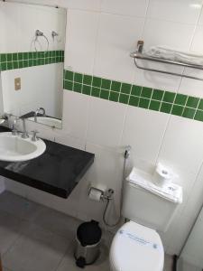 A bathroom at Frimas Pampulha Hotel
