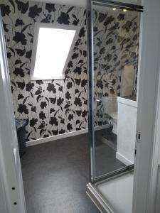 A bathroom at The Old Endie Hoose Kirkwall Orkney