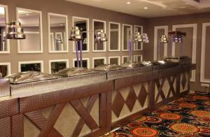 The lounge or bar area at Inderlok ananta