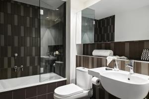 A bathroom at Dandenong Central Apartments