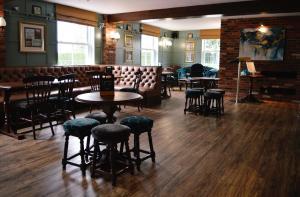 The lounge or bar area at Stallingborough Grange Hotel