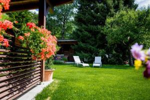 A garden outside Hotel Montfort