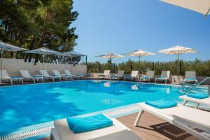 The swimming pool at or close to Noemia Family Resort