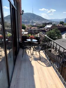 Балкон или терраса в SaBa Apartments in Old Tbilisi