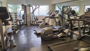 Фитнес-центр и/или тренажеры в Ramada by Wyndham Cancun City