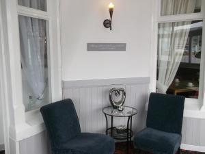 A seating area at Elmfield