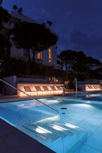 Het zwembad bij of vlak bij Art&Park Hotel Union Lido