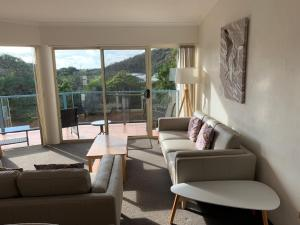 A seating area at BlueWater Apartments