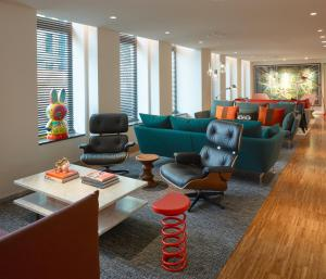 A seating area at citizenM Amstel Amsterdam