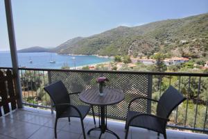 A balcony or terrace at Poros Beach studios