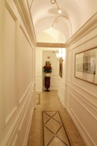 The lobby or reception area at Boutique Hotel Trevi