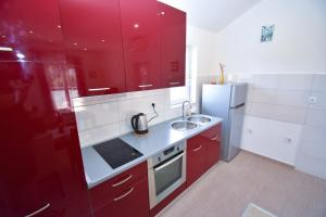 A kitchen or kitchenette at Apartment ViP