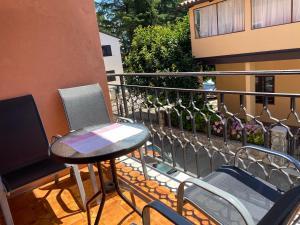 A balcony or terrace at Apartments Tajana