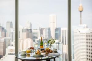 Sofitel Sydney Darling Harbour tesisinde konuklar için mevcut kahvaltı seçenekleri