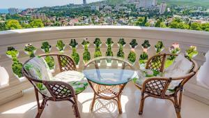 Балкон или терраса в Вилла Бон Мезон