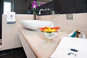A bathroom at Villa Maria Cristina