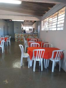 A restaurant or other place to eat at Hostel Villa Brasilia