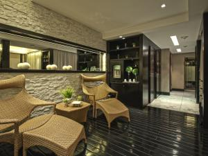The lobby or reception area at 1828 Smart Hotel Boutique