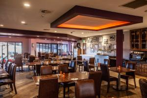 A restaurant or other place to eat at Blackpool FC Hotel