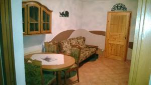 Ein Sitzbereich in der Unterkunft Landpension Wandersruh