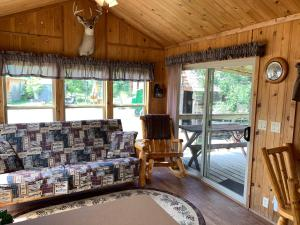 A seating area at Diamond 7 Bar Guest Ranch