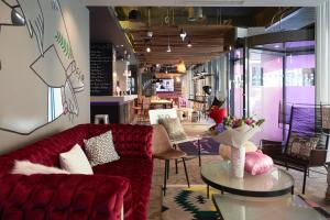 The lobby or reception area at Moxy Bucharest Old Town