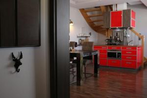 Küche/Küchenzeile in der Unterkunft Maisonette Deluxe by fewo-amperland