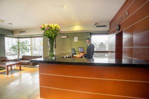 Hol lub recepcja w obiekcie Business Hotel Vega Wrocław