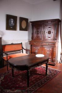 Coin salon dans l'établissement Chateau Rosans