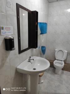 A bathroom at Arraigos