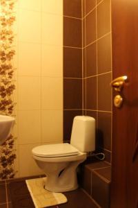 A bathroom at Comfortable Apartments