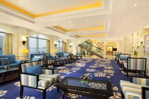 Um restaurante ou outro lugar para comer em DoubleTree by Hilton Dhahran