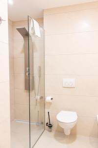 A bathroom at Luxury rooms ''Seven''